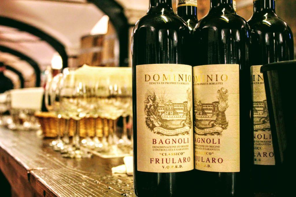 cantina de vinhos italiano